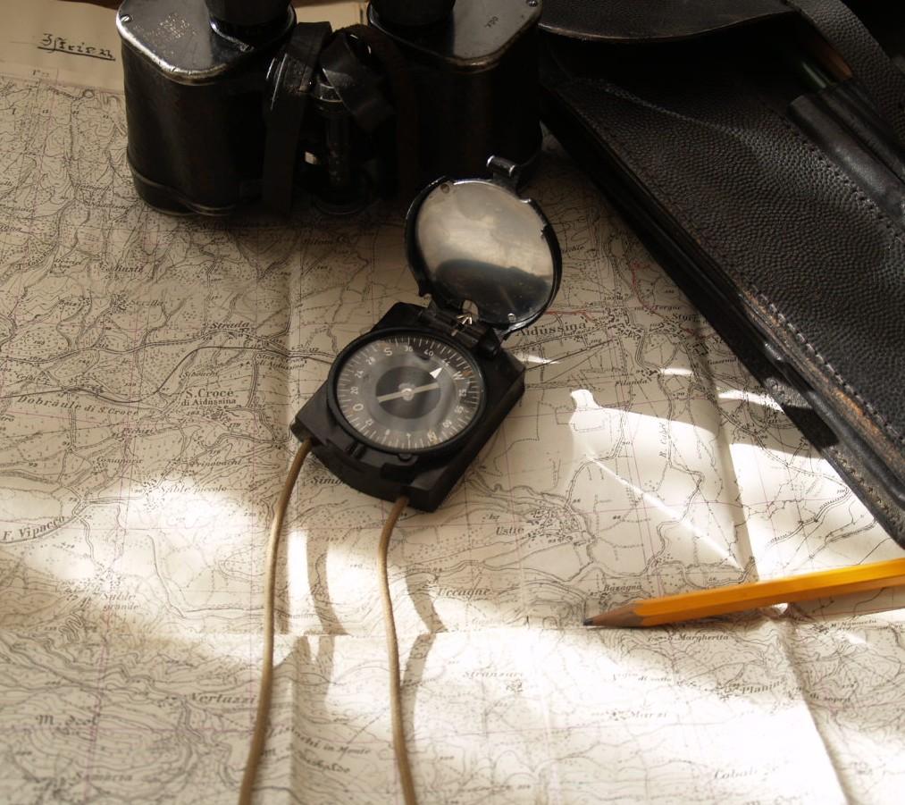 Compass14.jpg