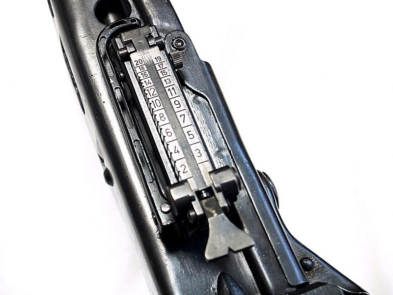 MG422-4.jpg