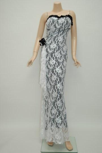 ホワイトロングドレス