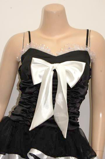 ゴージャスフリル☆大きめリボンが可愛い ショートドレス