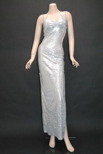 http://gloss1.jp/dress/long/384.html