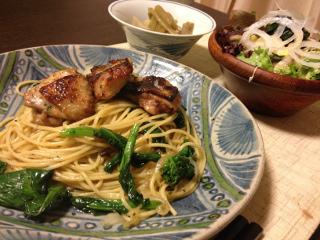 Apr16_青菜とカリカリ鶏のパスタ