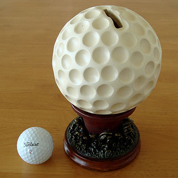 ゴルフボール型 貯金箱