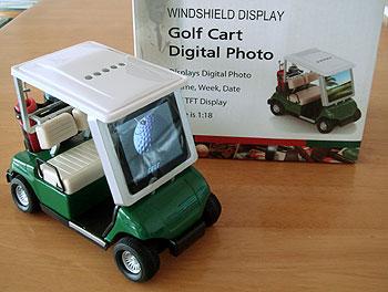 デジタル画像が見れるゴルフカート!