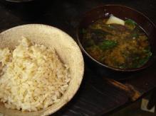 玄米味噌汁