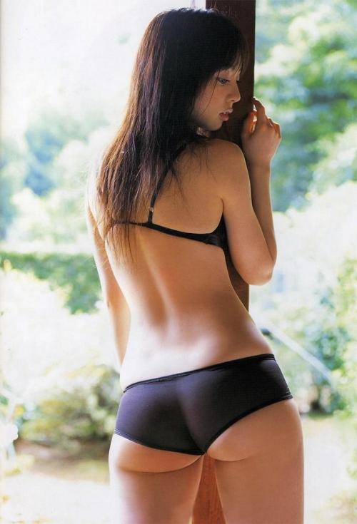 秋山莉奈とかいう超絶美尻女wwwwwwww