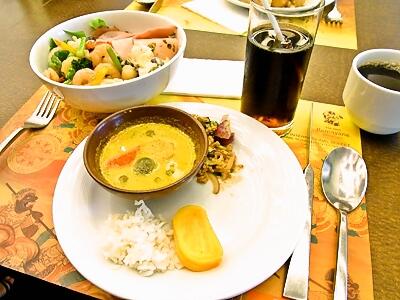 bangkok_003_05_lunch.jpg