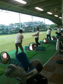 mogi_golf_a.jpg
