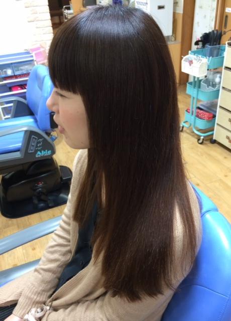 自然な風合いのロングヘア縮毛矯正