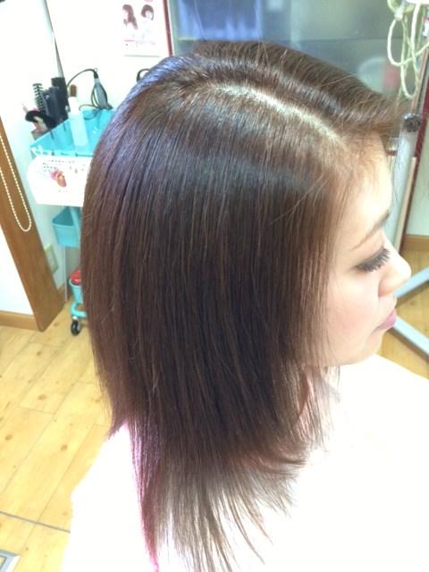 明るい白髪染めと自然な仕上がりの縮毛矯正のコラボ