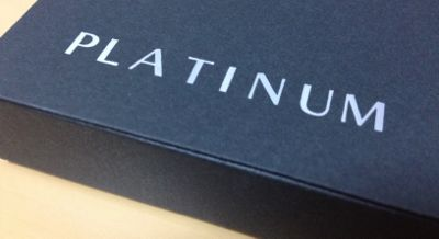 ANA VISAプラチナ プレミアムカード 黒い箱