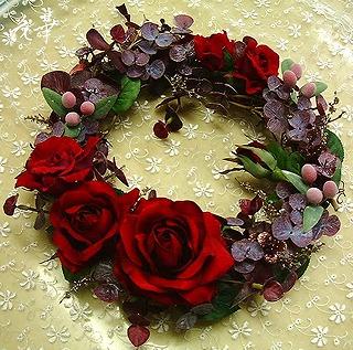 人気・豪華な赤い薔薇のフラワー・リース(アートフラワー・上質造花)