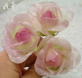 ハンドメイド・新作の薔薇(布花・染め花・アートフラワー)