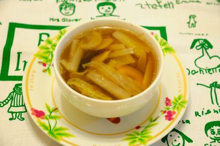 蒸し煮スープ