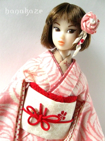 momoko182-04.jpg