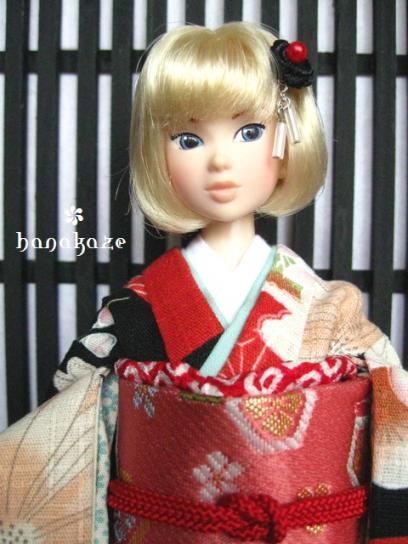 momoko246-02.jpg