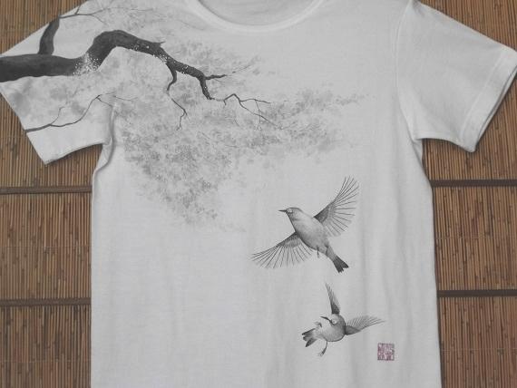 桜とメジロTシャツ