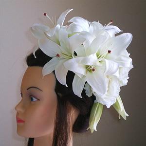 カサブランカとホワイトローズのウエディング髪飾り