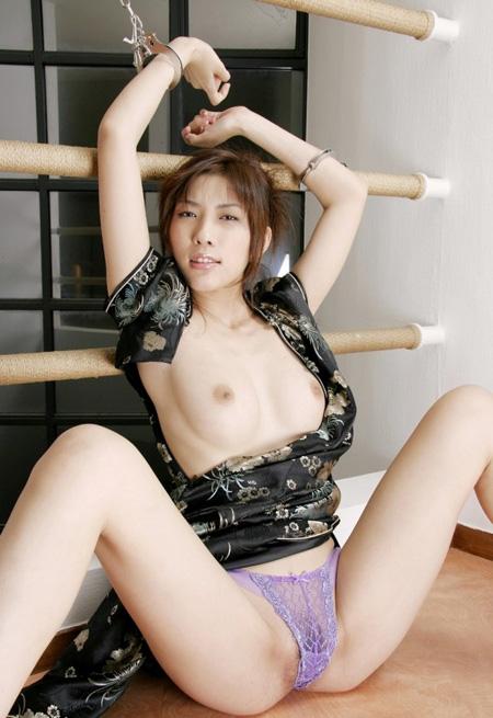 立花里子のグラビア写真