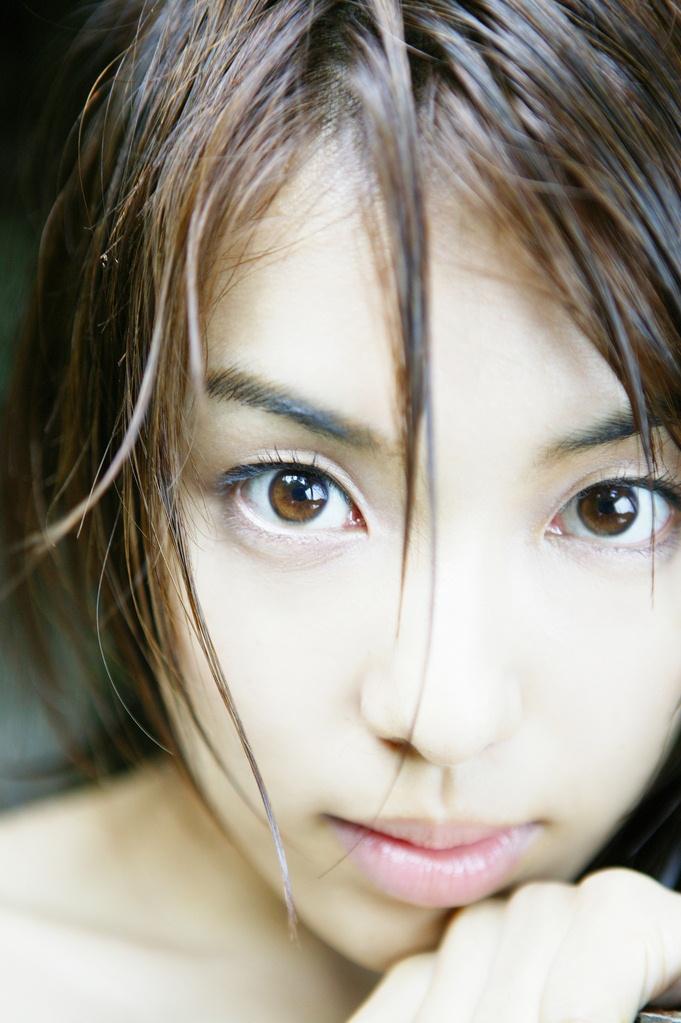 【綺麗なお姉さん。】 女優 内山理名 画像
