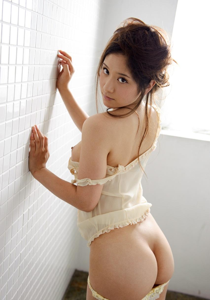 【綺麗なお姉さん。】 AV女優 水野碧 画像