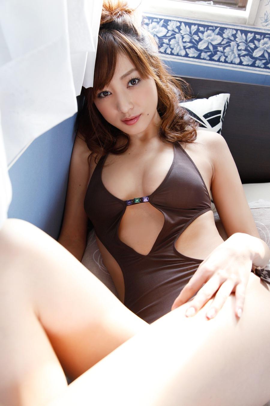 【綺麗なお姉さん。】 グラビア 池田夏希 画像
