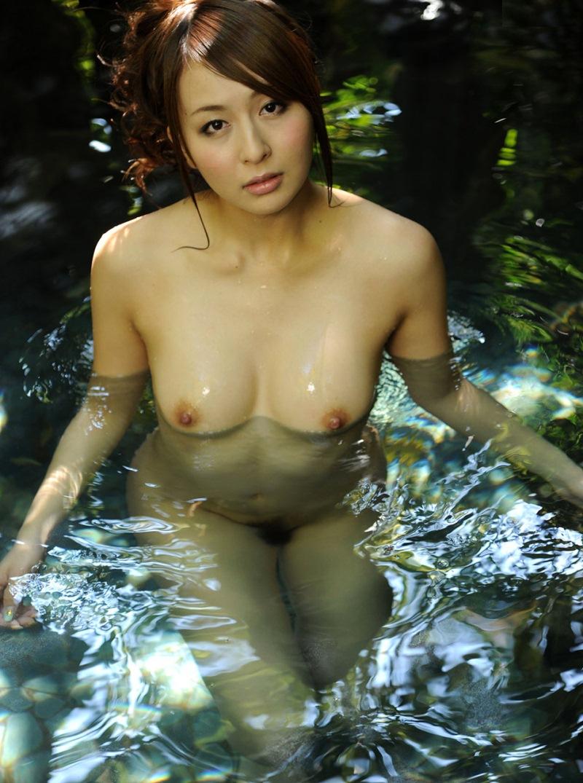 緊縛温泉av きれいなお姉さんのグラビア写真集~】 AV