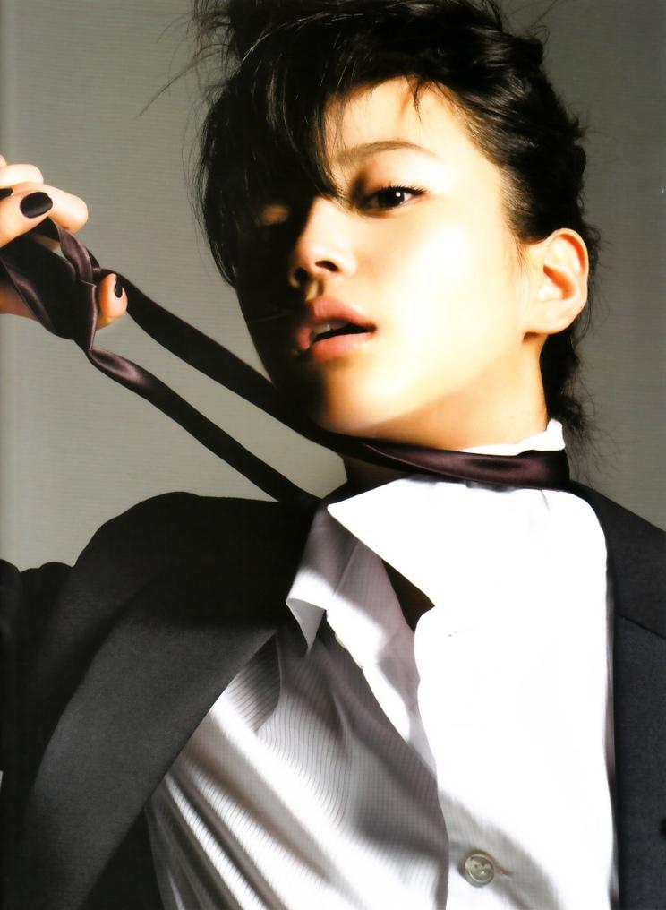 【No.1841】 スーツ / 堀北真希