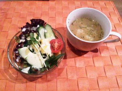 20130212パハナスリランカセット1500円スープとサラダ