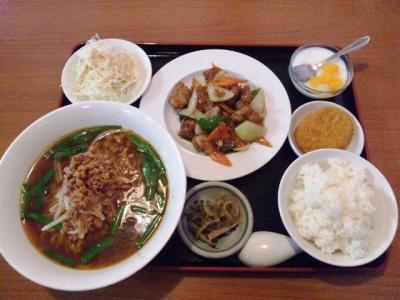 20130430瑞祥(レイショウ)日替りA680円鶏の黒胡椒炒めに台湾ラーメン
