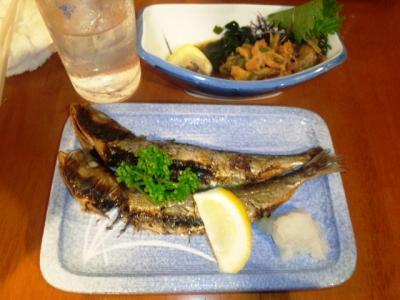 130618魚がし本店いわし丸干し200円