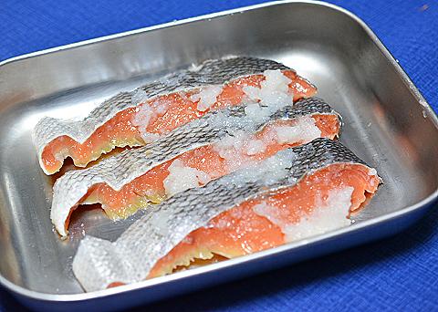 鮭のもち米漬け