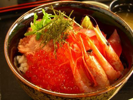 じゃーん♪海鮮丼