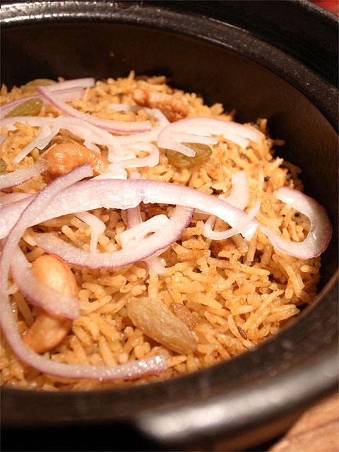 130315enso玉宮-奥美濃古地鶏のスパイシー土鍋ビリヤニアップ