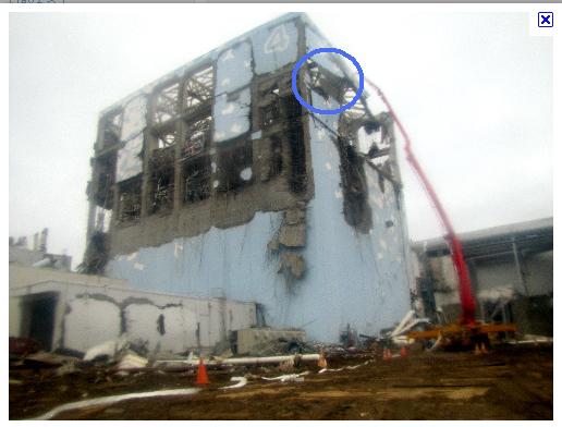 福島第一原発4号機 - Google 画像検索