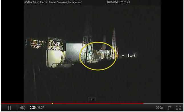 2011.09.21 23-00-00-00 - ふくいちライブカメラ (Live Fukushima Nuclear Plant Cam) - YouTube