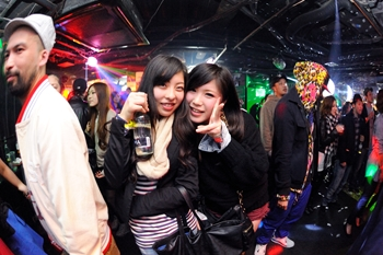 120225_DJ MAGIC_022_R