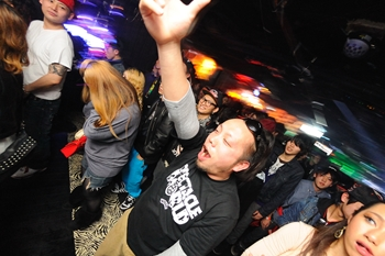 120225_DJ MAGIC_066_R