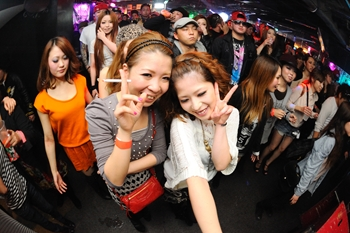 120225_DJ MAGIC_072_R