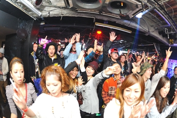 120225_DJ MAGIC_077_R