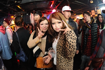 120225_DJ MAGIC_100_R