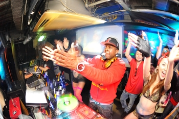 120225_DJ MAGIC_113_R