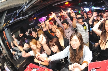 120225_DJ MAGIC_117_R
