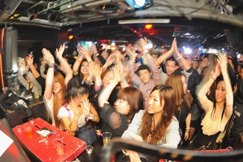 120225_DJ MAGIC_124_R