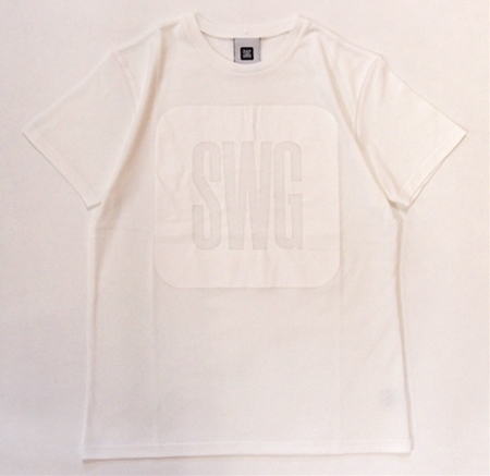 onetonewhite1_R.jpg