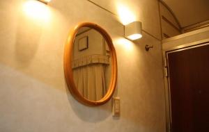 Hokuriku_singleD_mirror.jpg