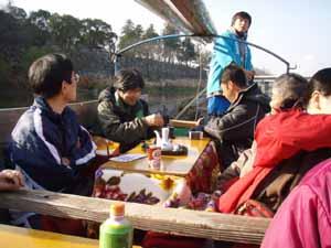 球磨川下りこたつ舟