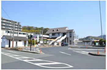 高井田駅から2303_06
