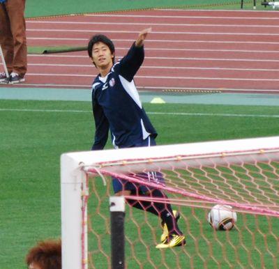 手を振る香川選手