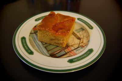 リンゴのカラメルケーキ